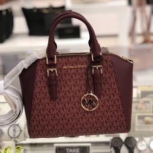 NWT Michael Kors medium Signature Ciara handbag